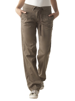 Pantalon-chino-ceinture-kaki-clair-800725-photo